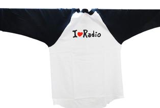 ラジオ長袖トップ画像 白背景1.jpg